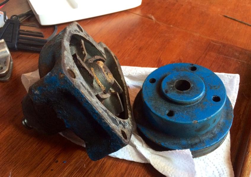 Perkins 4-108 raw water pump